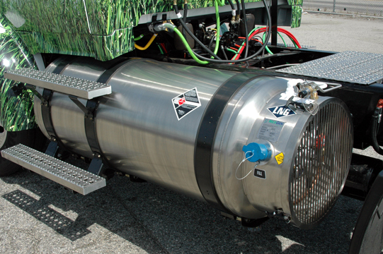 cng fuel tank for more profitable carhauling