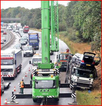 auto transporter rollover back on its wheels m6