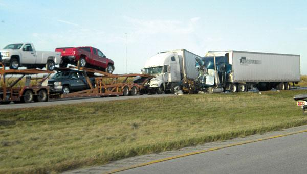 auto transporter car carrier carhauler wreck in nebraska