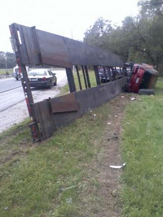 florida car hauler wreck2